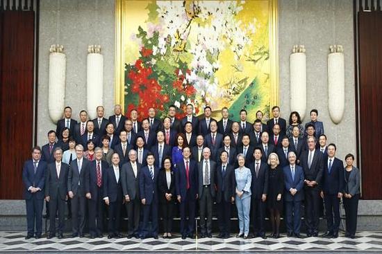 中国证监会国际顾问委员会第十四次会议在上海召开