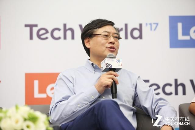 在变革中前行 杨元庆谈联想AI战略方向
