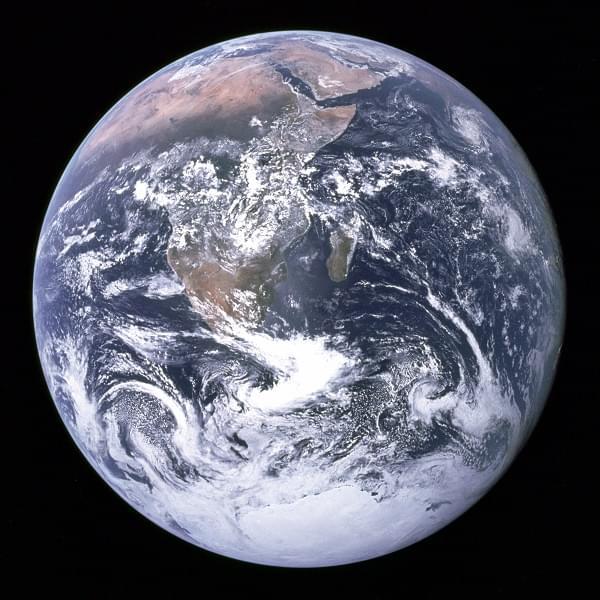 霍金新书发出警告:人类不离开地球就没有未来的照片 - 2