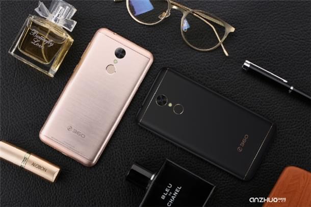 360手机N5正式发布:配6GB内存卖1399元的照片 - 2