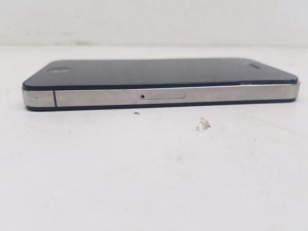 这台破损的iPhone 4s售价高达102.8万的照片 - 7