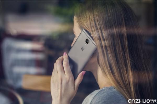 硬件提升明显:国行一加手机3T发布 售价2699元起的照片 - 4
