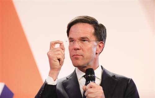 """""""欧盟模范生""""不负众望 荷兰人阻止民粹主义上台鼓舞欧洲市场士气"""