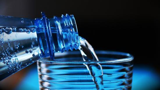 最快热水器:不到十万亿分之一秒加热到10万摄氏度