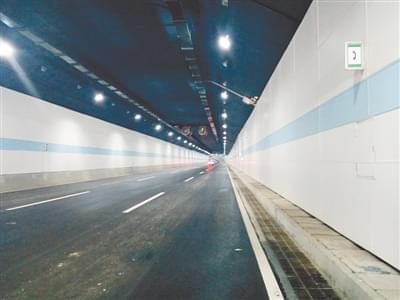 龙湖湖底隧道 进入收尾施工