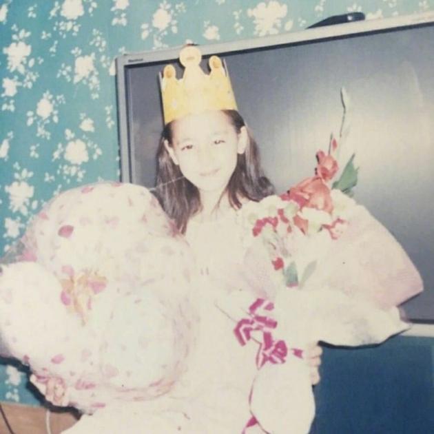 迪丽热巴童年照
