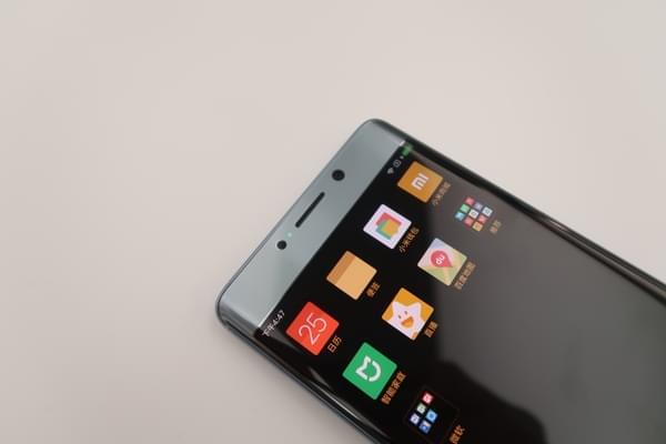 小米Note2双色图赏:精致双曲面屏的商务旗舰的照片 - 13