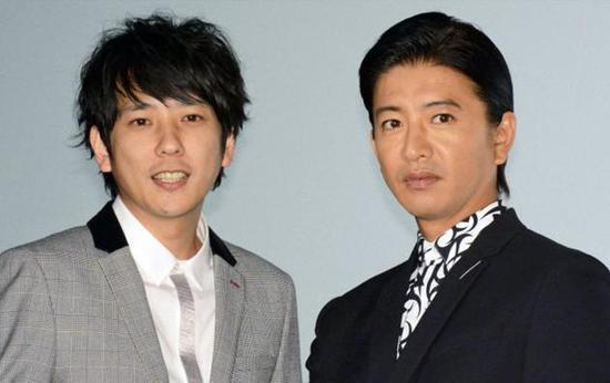 木村(右)近日忙于宣传新片《检察狂人》。