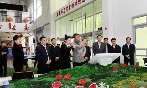 当选黑龙江省长1天后 王文涛来到了两个特殊地方