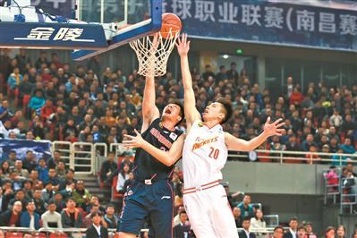 杜锋:八一创造了很多辉煌 值得每个篮球人去尊重