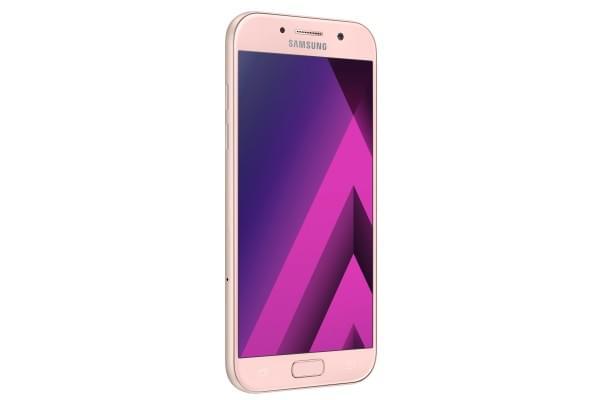 三星正式推出Galaxy A 2017系列智能手机 通过IP68认证的照片 - 3