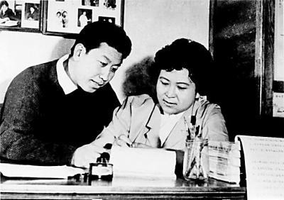 见证人·第五期|刘兰芳:一人一桌一折扇 万语千言四十年