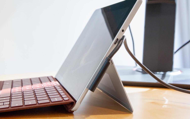 微软明天或发布入门款Surface:10英寸屏399美元起