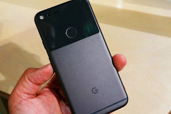 谷歌Pixel面临最大问题:如何把手机卖给消费者的照片