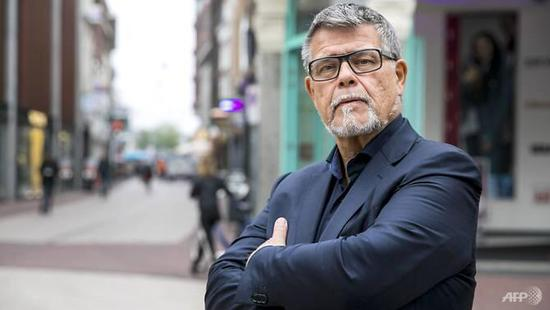 69岁荷兰男子申请将年龄改小20岁:49岁我会很抢手
