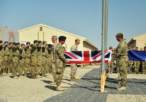 IS武装或对西欧发动袭击?英军增派部队进驻阿富汗