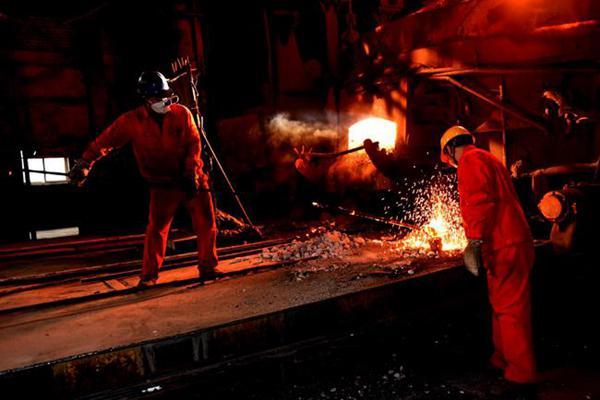 钢材需求旺盛 规模钢企沉稳应对秋季环保限产
