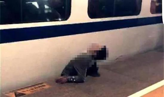 男子被高铁挤压致死 家属向高铁站索赔80万遭驳回