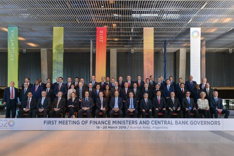 周小川行长率团出席G20财长和央行行长会议