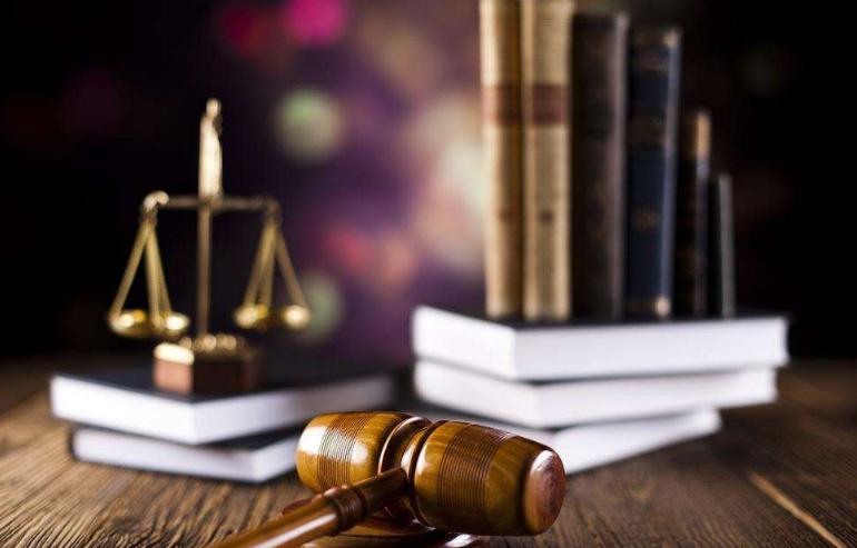 窜跑10年后,挪用公款46.8万元的温州中校长获刑