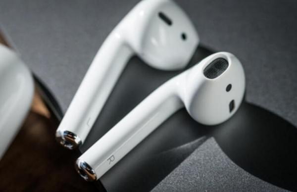 苹果AirPods无线耳机很不错 但被Siri拖了后腿?的照片 - 2