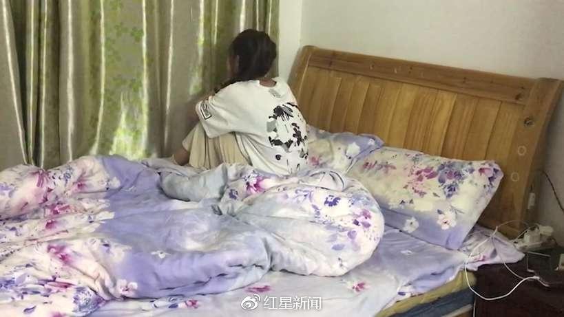 快递员性侵案受害人母亲:女儿被诊断抑郁症 需住院