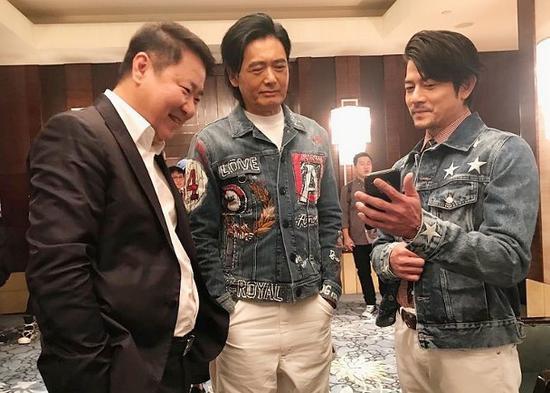 网易娱乐8月6日报道  据香港媒体报道,艺人周润发之前曾拍摄电影
