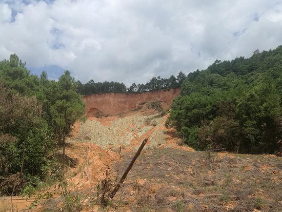 环保督察发现中铝广西多公司污染水源 涉越界开采