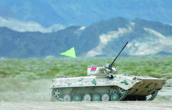 中国借军事比赛推销武器?用国产才真体现战斗力!