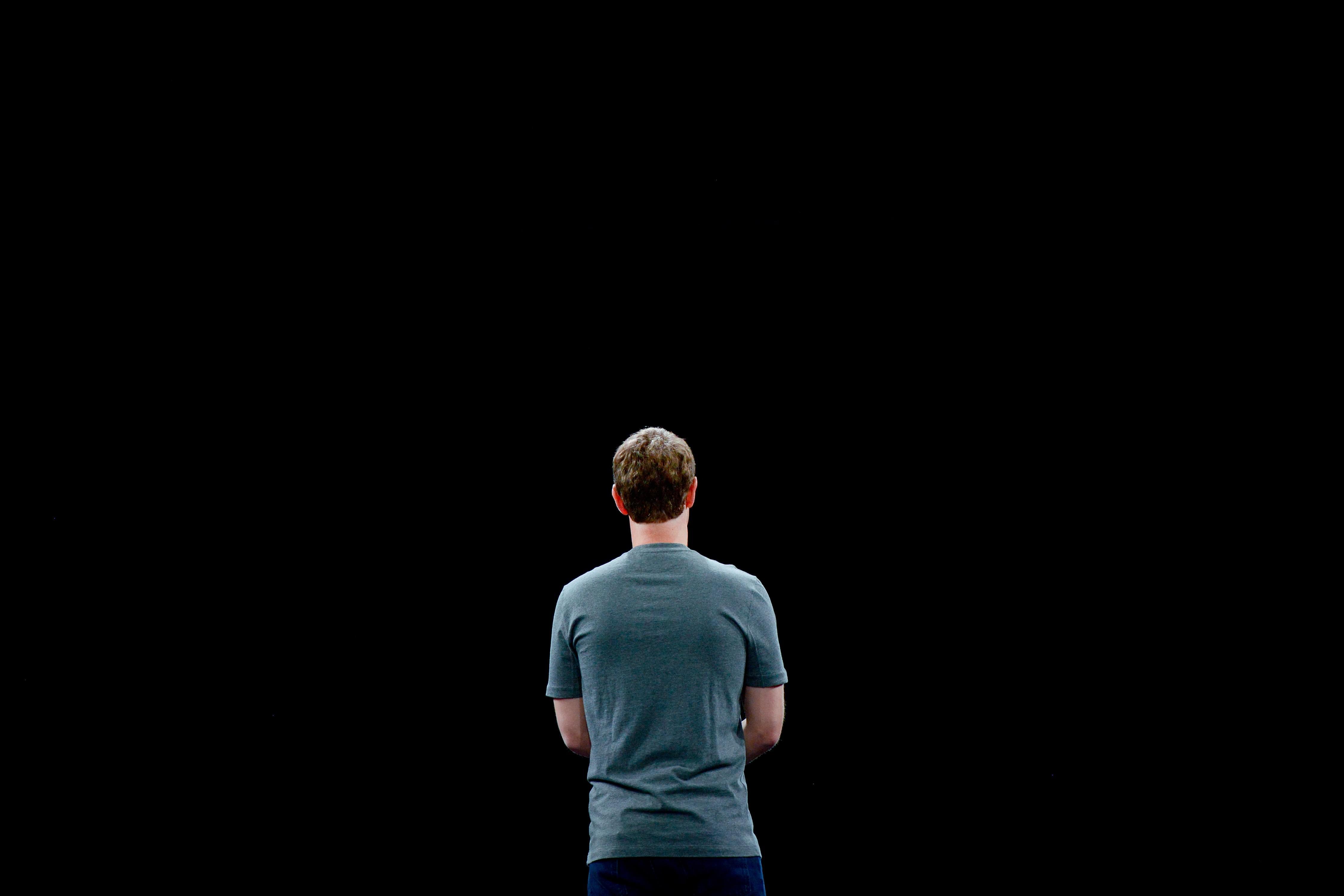 硅谷创始人崇拜到尽头:天才也难承担社会责任
