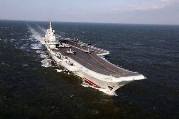 美媒:中国航母仍落后于美国海军 正缩小差距