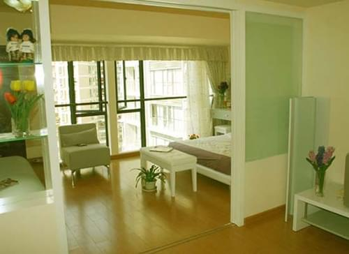 油漆粉刷,门窗边框,滚筒涂漆,青岛墙面装修,青岛装修