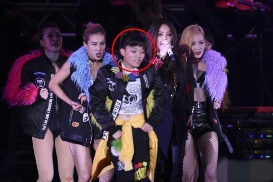 张惠妹16岁外甥女出道 EMI推荐参加安徽卫视《Mega Star》