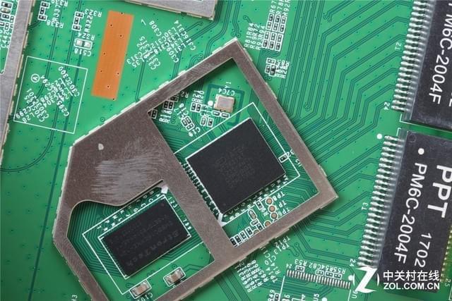拆机实验室:探秘钢筋铁骨下的斐讯K2P