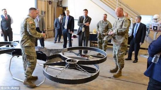 [图]美军方展示最新Hoverbike原型,骑无人机作战指日可待