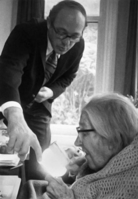 第一位拿图灵奖的工程师逝世,曾奠基数字商业