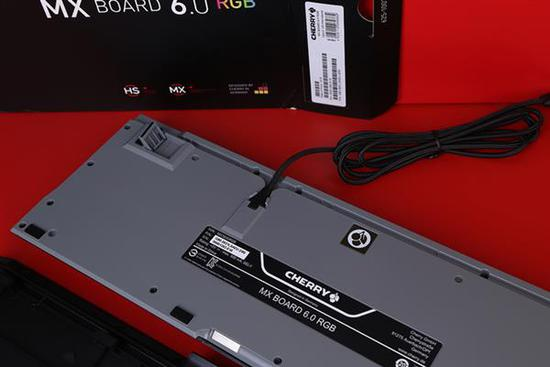 CHERRY MX BOARD 6.0RGB上手:加上RGB灯果然给力