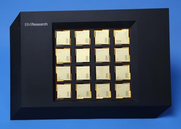 IBM新芯片拥有100万个神经元 可模拟人脑运行的照片