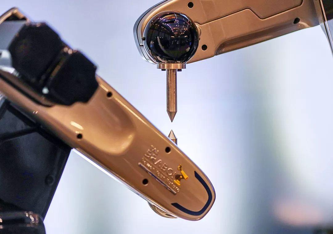 国产机器人打起价格战 市场占有率5年来首次下滑