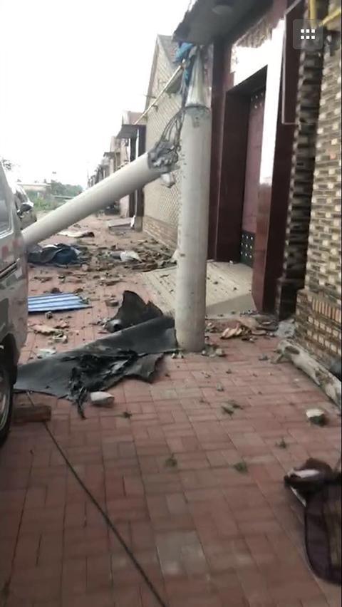 天津静海出现龙卷风 部分房屋倒塌电线杆折断