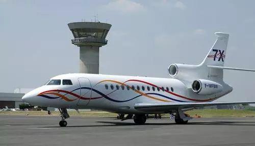 ▲猎鹰7X公务机