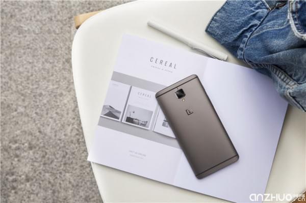 硬件提升明显:国行一加手机3T发布 售价2699元起的照片 - 2