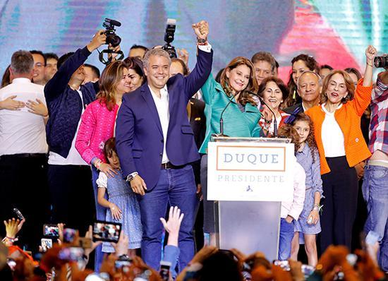 哥伦比亚新总统或修改前政府与哥武达成和平协议