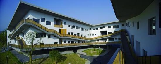 我们和建筑师王澍聊了聊他的甲方和这个时代
