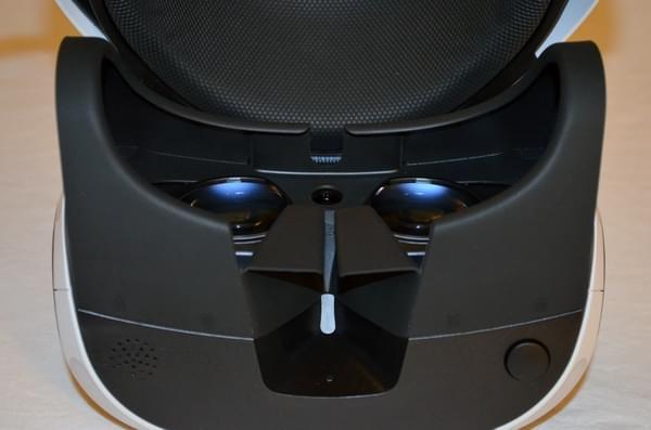 索尼PS VR零售版开箱 附赠这几款游戏大作的照片 - 12