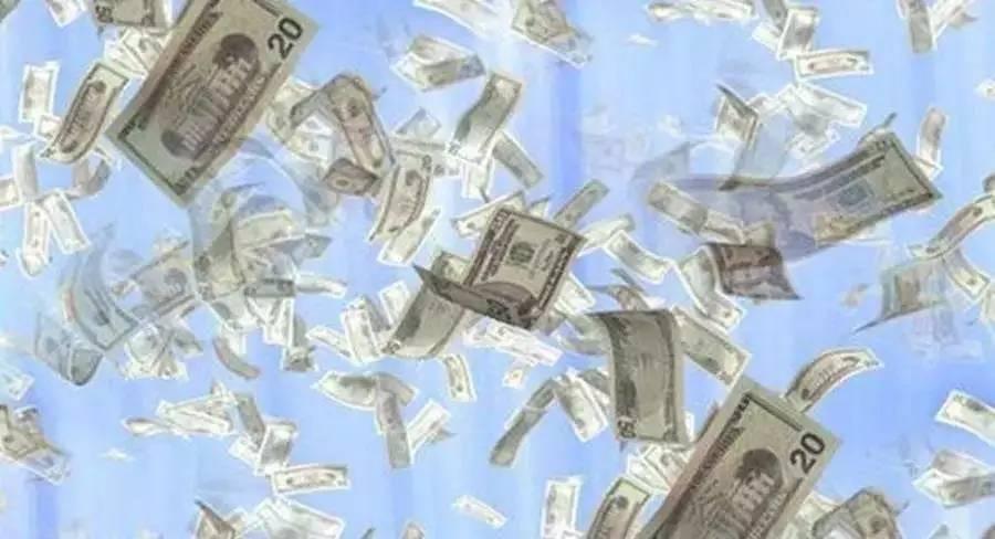 8分钟的世界首富 身价是盖茨的50倍