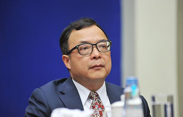 陈文辉不再担任银保监会副主席职务