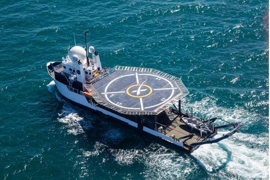 SpaceX升级回收船:加了停机坪能送宇航员去医院