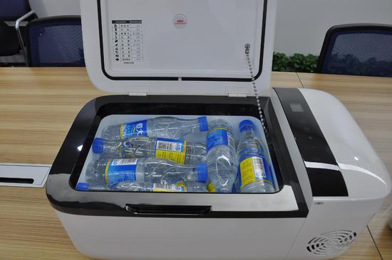 眼见为实,英得尔车载冰箱对比半导体车载冰箱