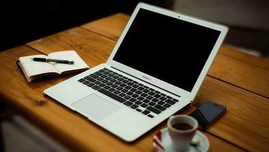 降频门背后 MacBook续航时间遭质疑